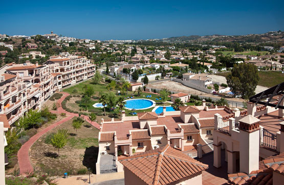 property For Sale in Mijas Golf 2