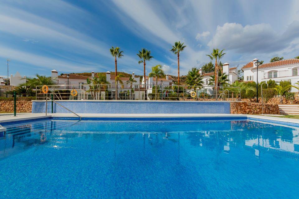 Villas in Riviera Del Sol (8)